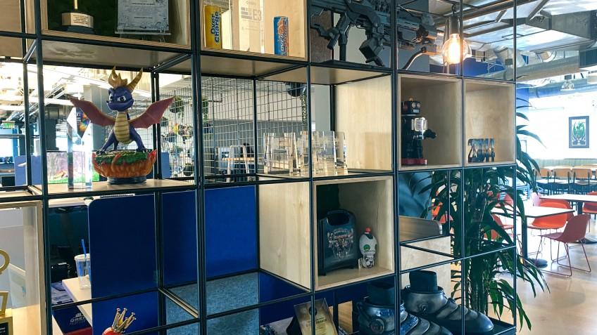 Студия Insomniac переехала в новый офис