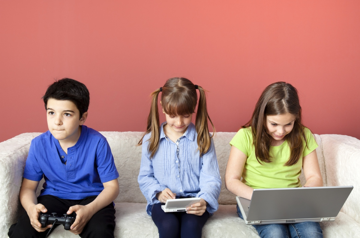 positive effects of video games children and young people essay The benefits of playing video games isabela granic, adam lobel, and rutger c m e engels radboud university nijmegen video games are a ubiquitous part of almost all children's.
