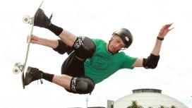 48-летний скейтбордист Тони Хоук в последний раз исполнил свой знаменитый трюк