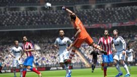 Поклонники FIFA13 дали бой профессиональным футболистам