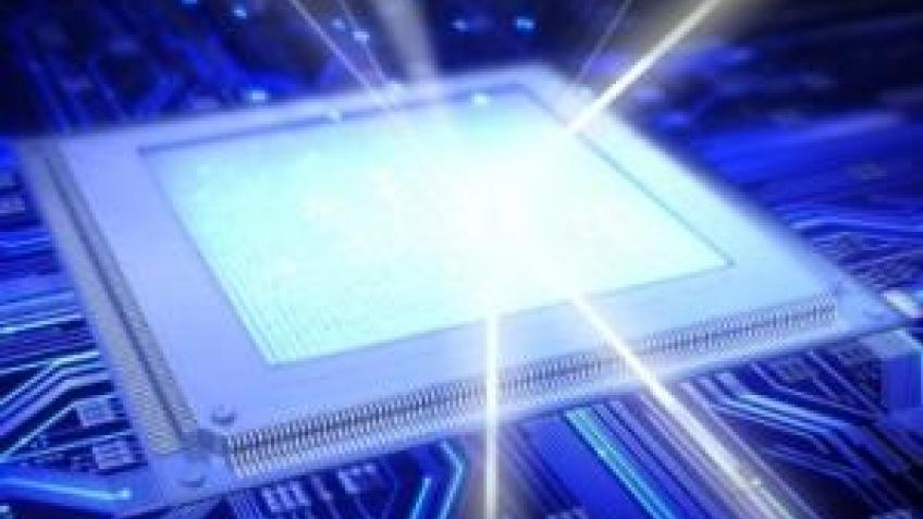 Лазер сможет передавать данные внутри компьютера