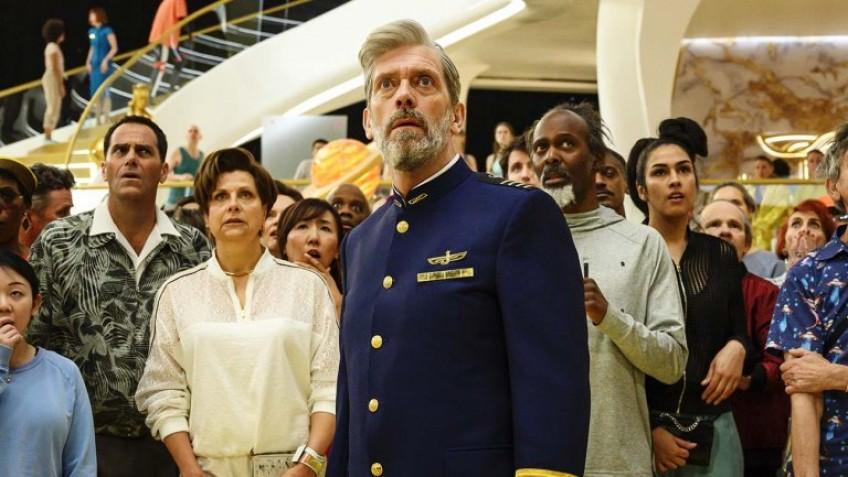 HBO продлил сериал «Авеню 5» на второй сезон