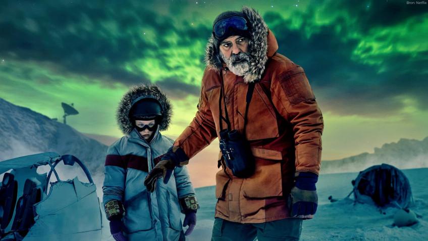 Вышел фантастический фильм Джорджа Клуни «Полночное небо»