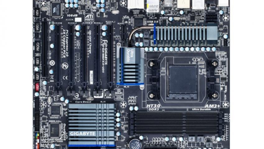 Gigabyte выпустила материнскую плату 990FXA-UD5