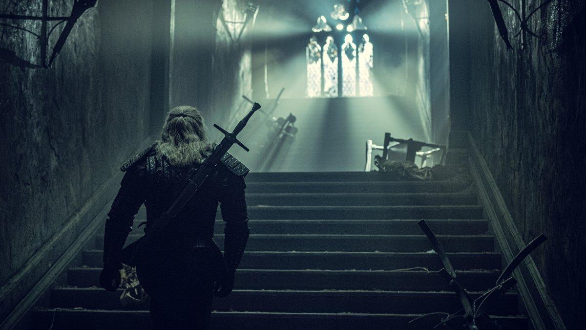Генри Кавилл рассказал о работе с мечами на съёмках «Ведьмака»