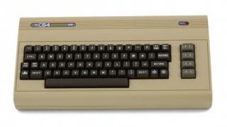 В декабре выйдет полноразмерный клон Commodore64