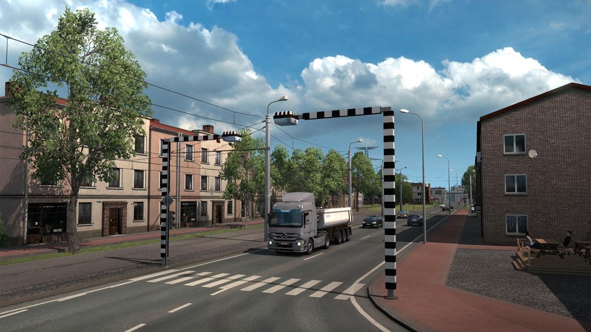 Авторы Euro Truck Simulator 2 прокатились по Санкт-Петербургу