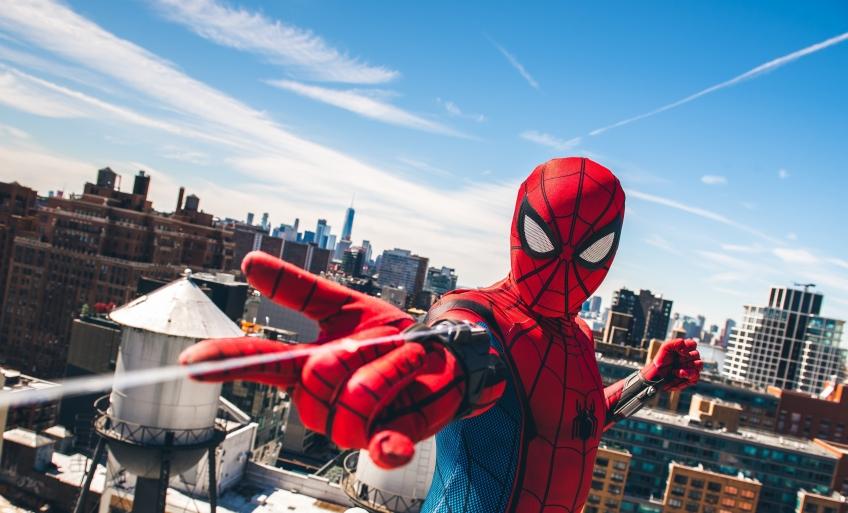 Дружелюбный сосед: впечатляющий косплей Человека-паука
