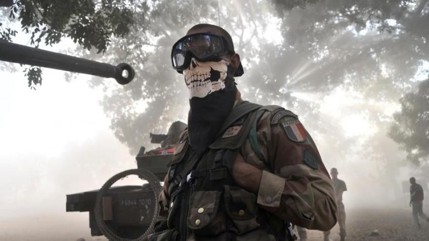 Французский солдат будет наказан за маску из Call of Duty