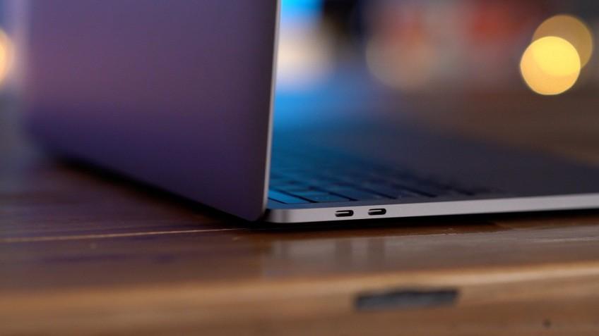 СМИ: новый Macbook Pro с 16-дюймовым экраном получит карту RX 5500M или RX 5300M