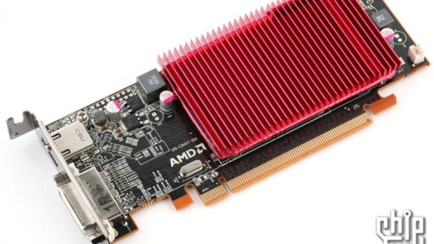 Фотография бюджетной видеокарты из линейки Radeon HD 6300