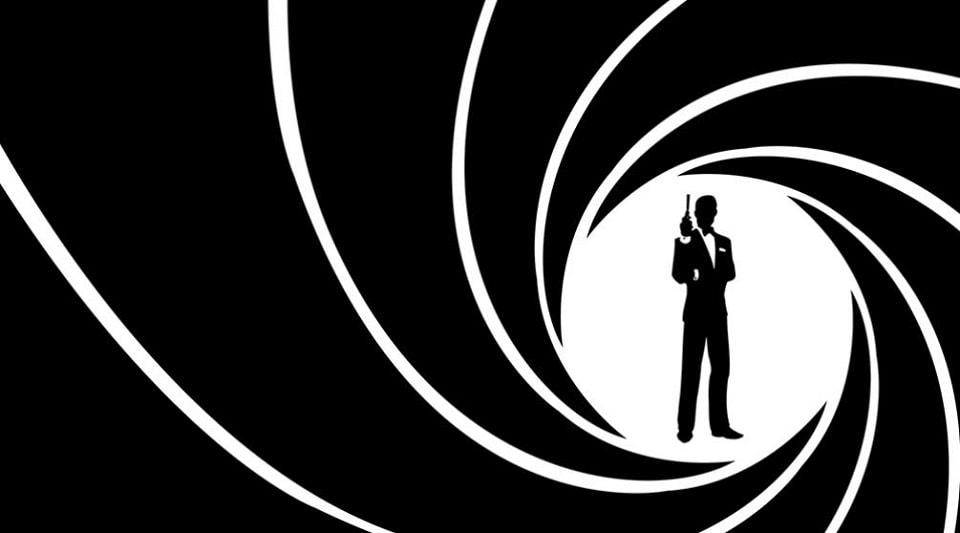 Двадцать пятый фильм о Джеймсе Бонда лишился режиссёра