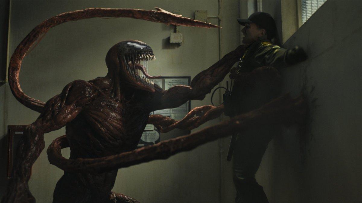 В расширенном отрывке «Венома 2» показали рождение Карнажа