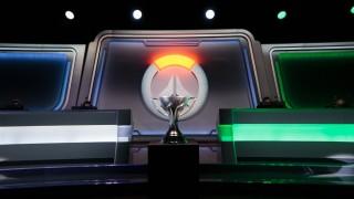 Победители турнира Overwatch Contenders немедленно сломали свой кубок