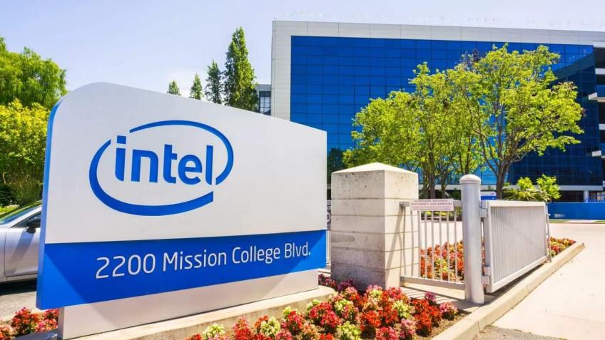 Плохо дело: на Intel могут подать коллективный иск из-за задержки 7-нм CPU