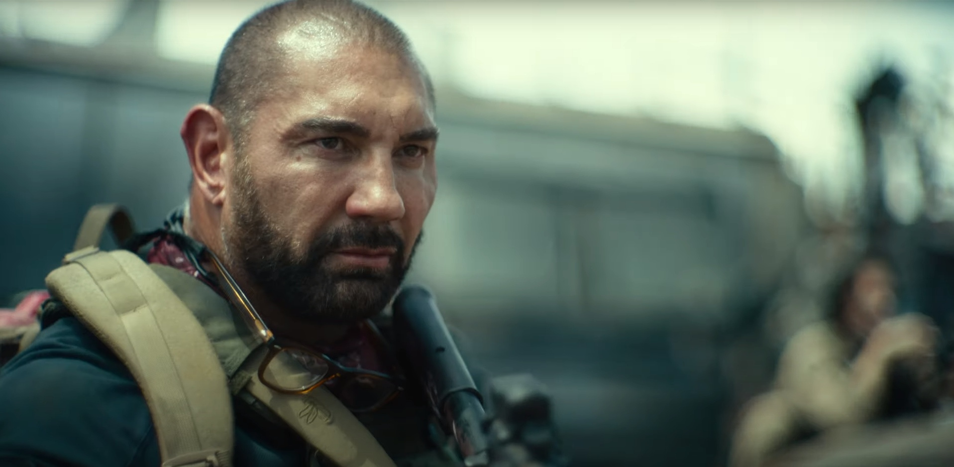 Netflix собрался выпускать по фильму в неделю и показал кадры «Армии мертвецов»