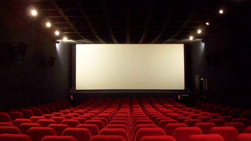 Несмотря на открытие кинотеатров в Китае, зрители туда не пошли