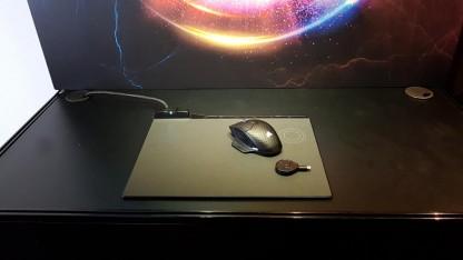 Corsair продемонстрировала коврик для мыши с беспроводной зарядкой