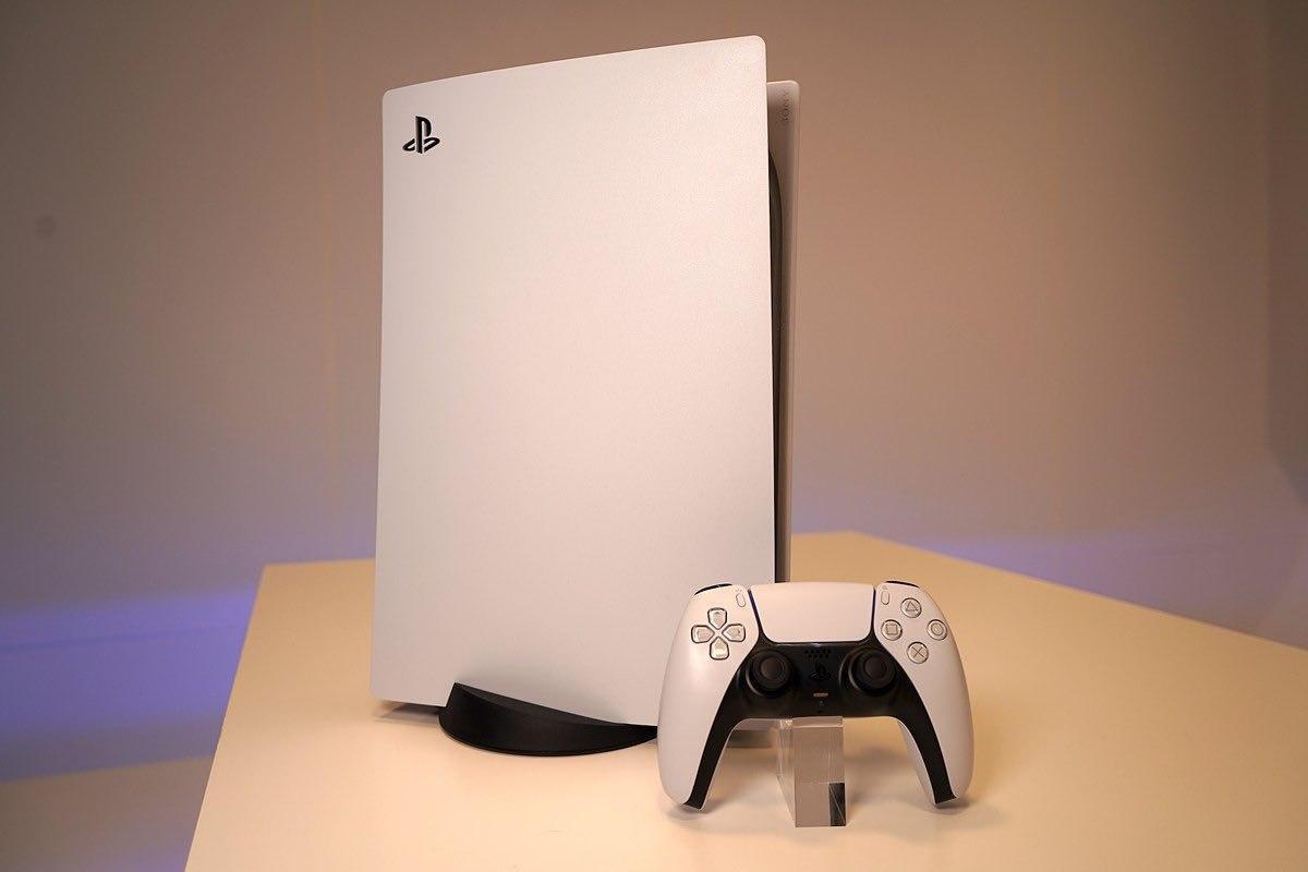 Японцы назвали PlayStation5 очень тихой во время игр