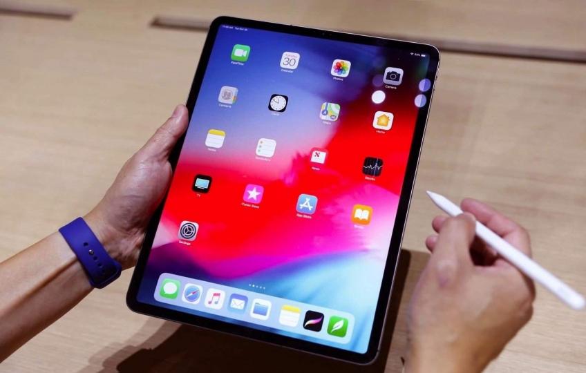 Пользователи iPad Pro жалуются на замирание изображения на экране