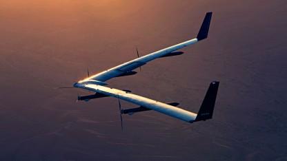 Беспилотник Facebook совершил первый удачный полет