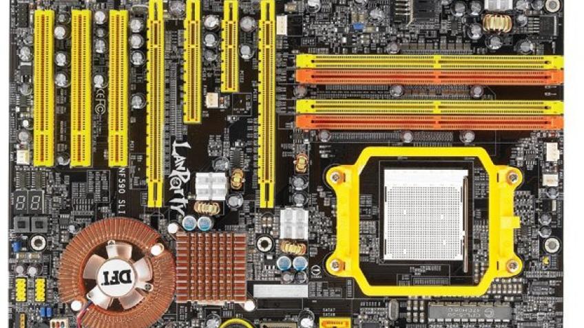 DFI nForce 590 SLI