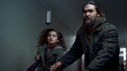 Джейсон Момоа мстит корпорациям в трейлере триллера Netflix «Малышка»