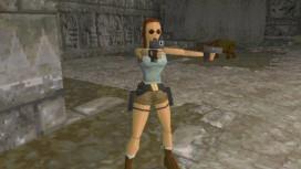 В ранней версии первой Tomb Raider мисс Крофт стреляла с двух рук