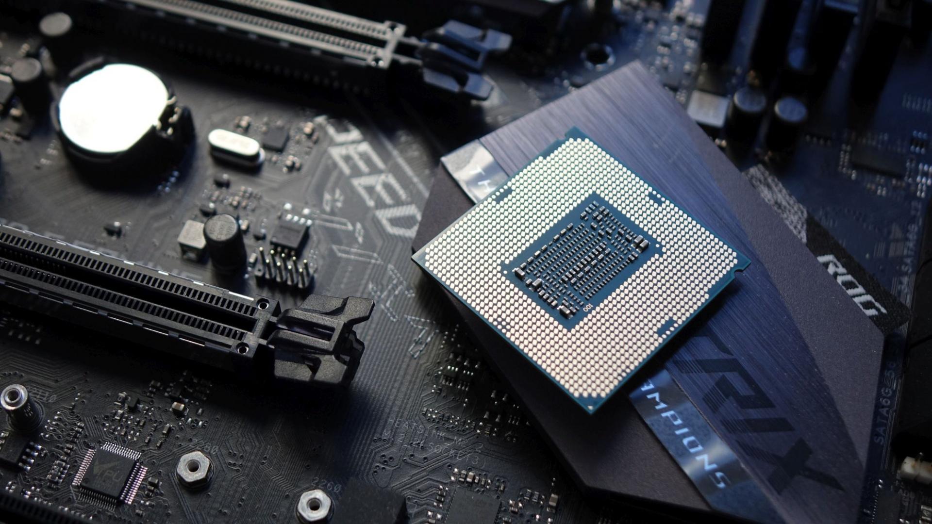 «Атомные» транзисторы ускорят CPU и GPU