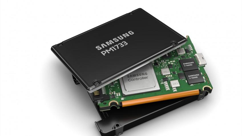 Samsung представила SSD PM1733 — скорость до8 ГБ/сек, объём до 30 ТБ