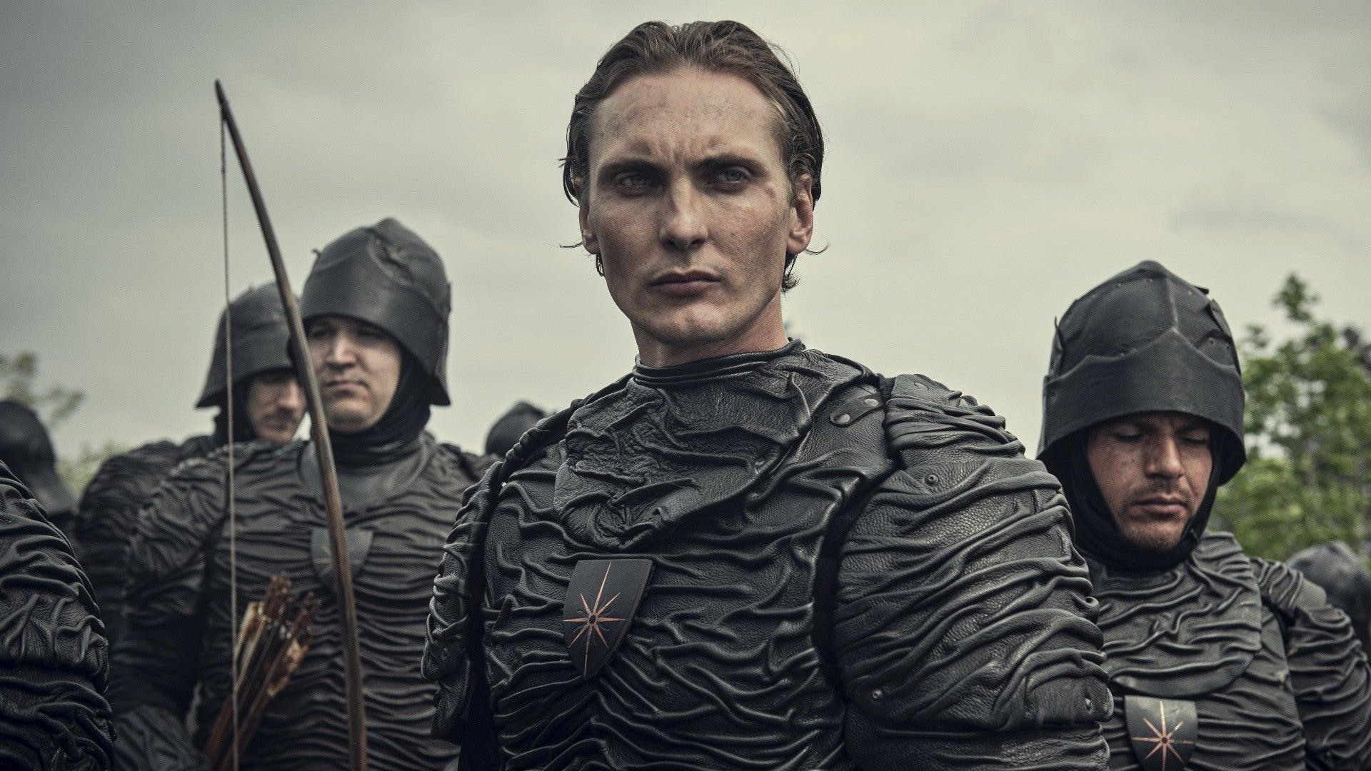 Появились фотографии новой брони Нильфгаарда из «Ведьмака» Netflix