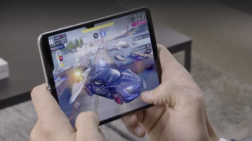Samsung обещает разобраться с проблемными Galaxy Fold