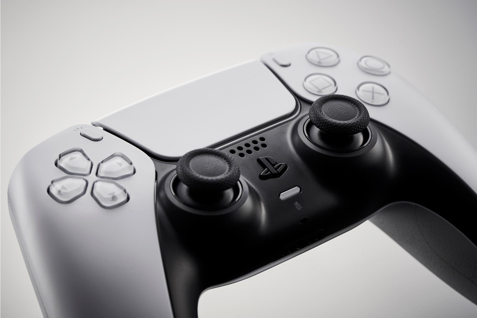 «М.Видео» и «Эльдорадо» выдают PS5 без учёта даты предзаказа
