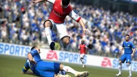 FIFA12 положила PES на лопатки
