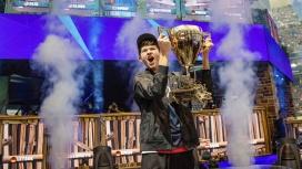 К победителю мирового турнира по Fortnite нагрянула полиция