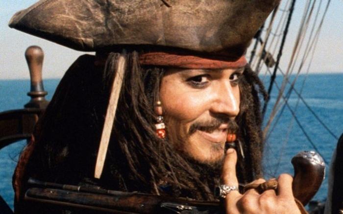 Лицензионные диски опаснее, чем пиратство?