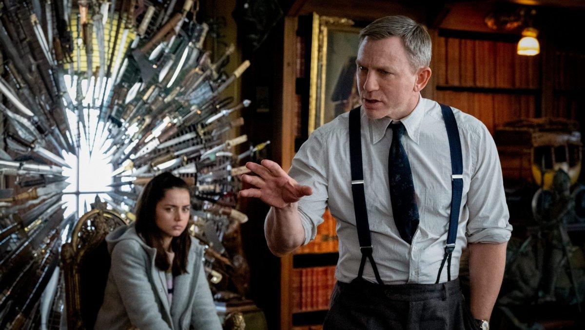 Райан Джонсон выложил в сеть сценарий «Достать ножи»