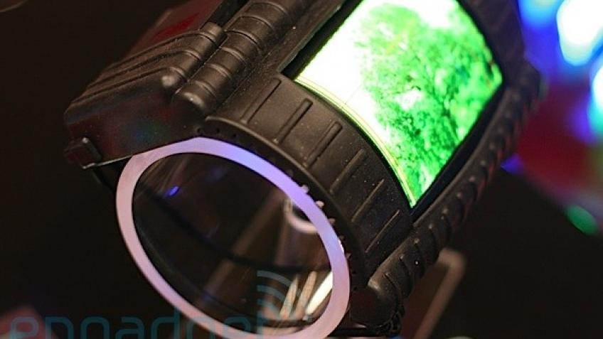 Universal Display начала поставки гибких дисплеев воякам