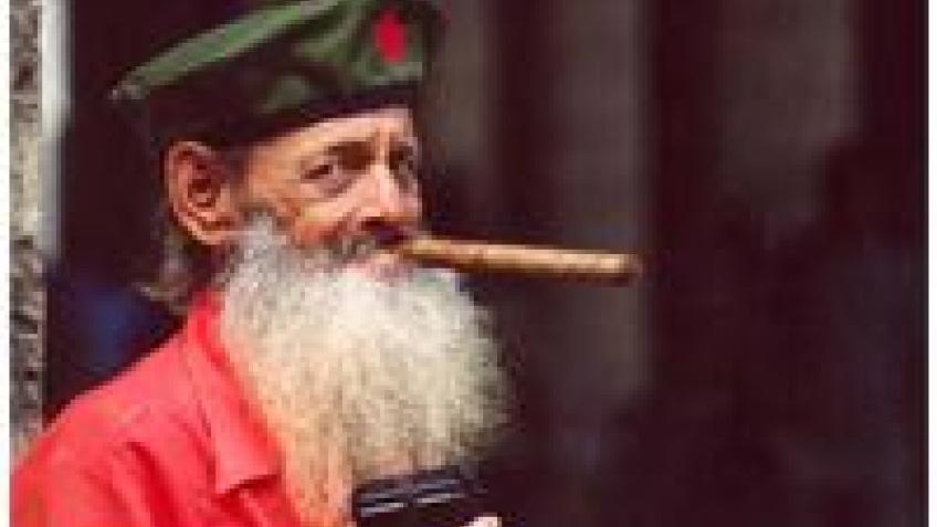 На Кубе разрешили сотовые телефоны