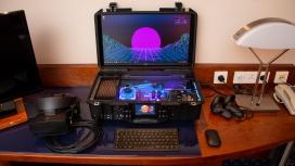 Энтузиаст собрал переносной игровой PC с жидкостным охлаждением