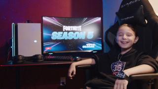 Восьмилетний игрок в Fortnite подписал контракт на33 тысячи долларов