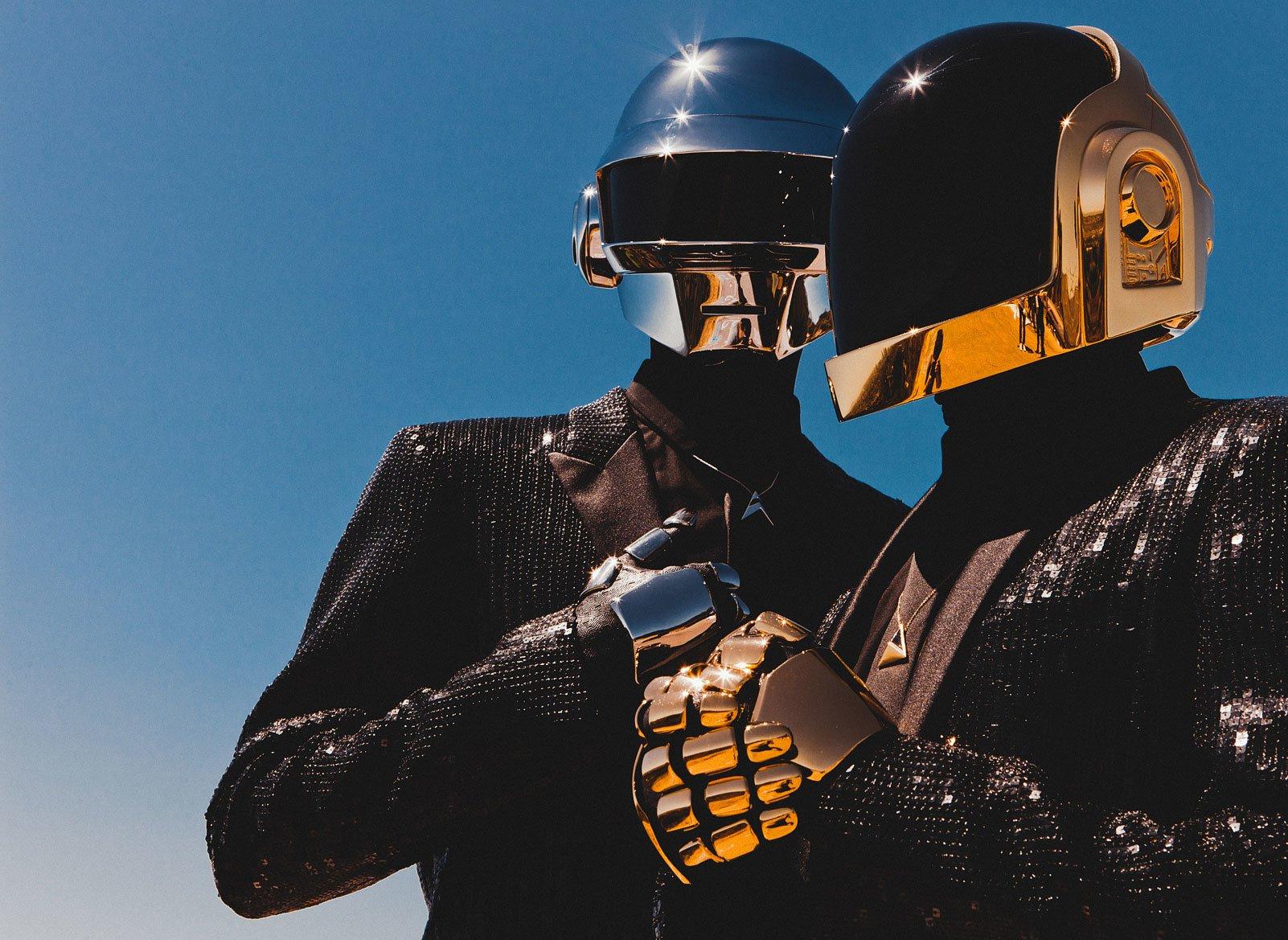 Daft Punk распались — дуэт выпустил 8-минутный «Эпилог»
