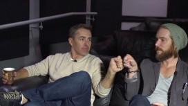 Актеры Нолан Норт и Трой Бейкер сыграли в игру «Угадай Дрейка»