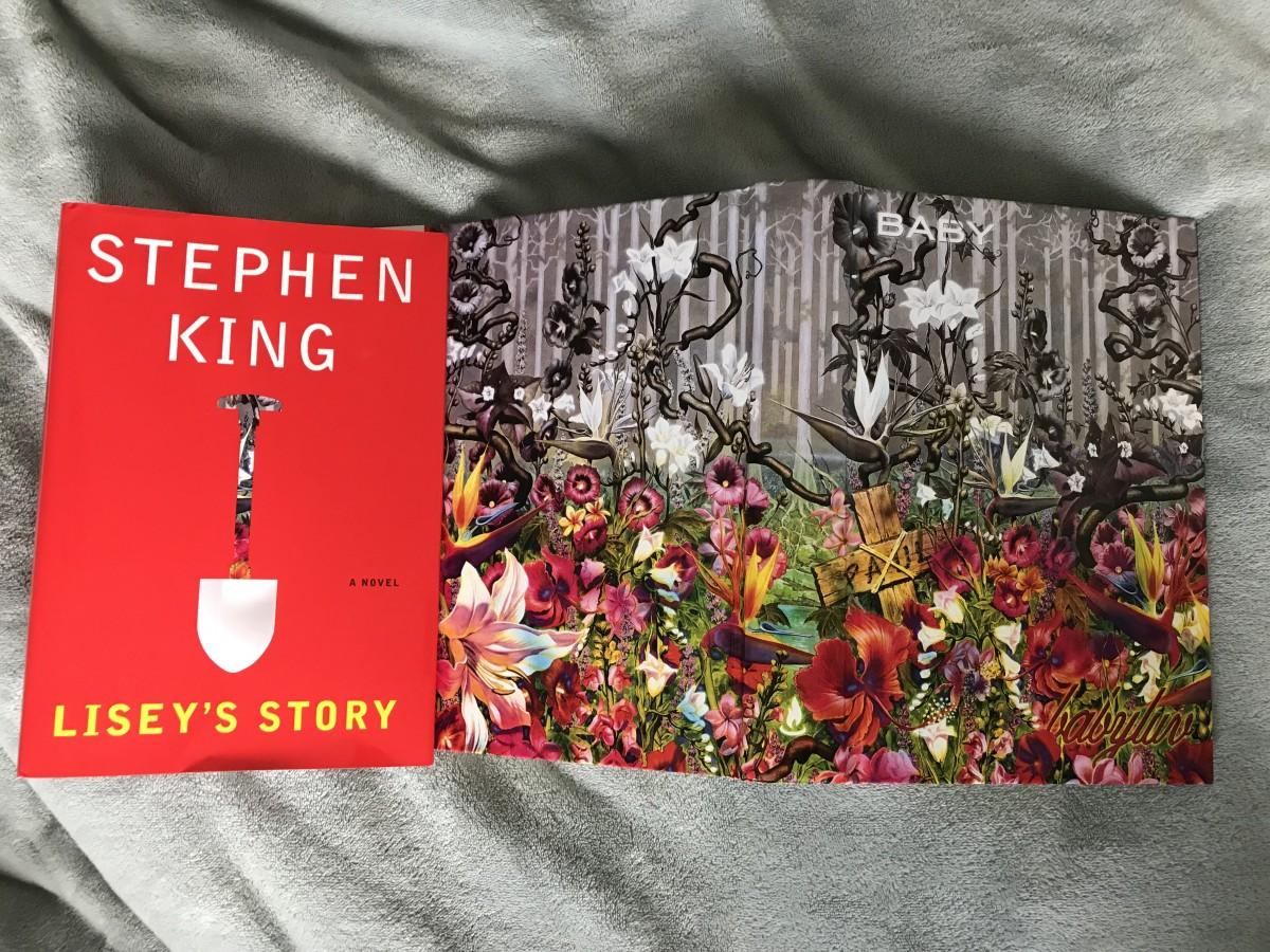 Стивен Кинг и Джулианна Мур расскажут Apple «Историю Лизи»