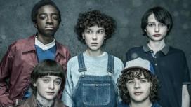 Главные герои «Очень странных дел» на новых постерах третьего сезона