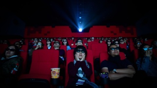 62% зрителей в Китае вернутся в кино только после окончания пандемии короновируса