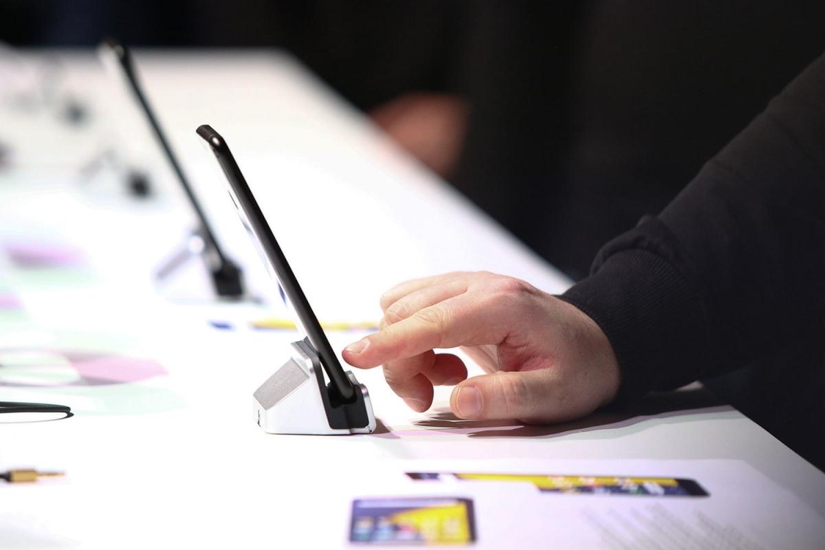 В декабре было продано около 400 «Яндекс.Телефонов»