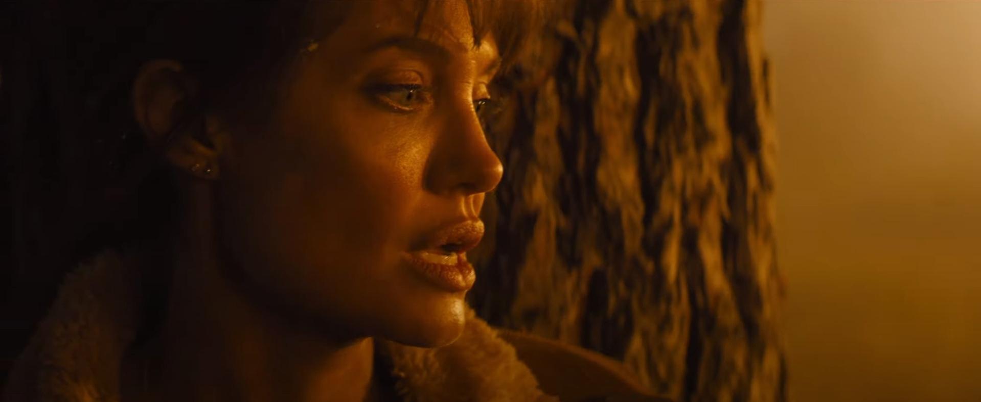 Анджелина Джоли скрывается от киллеров в триллере сценариста «Убийцы»