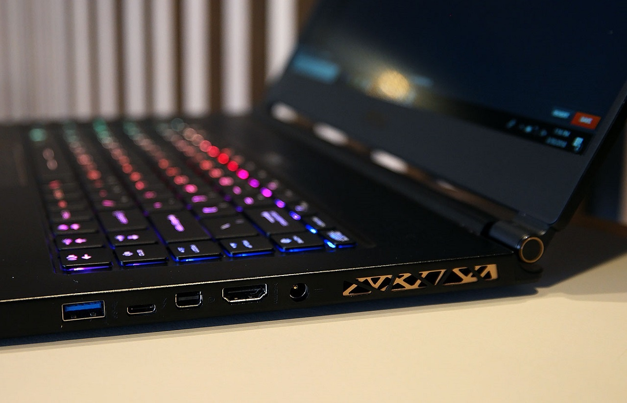 Дженсен Хуанг считает, что игровые ноутбуки — конкуренты новых консолей