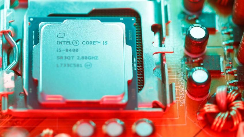 СМИ: в дефиците процессоров Intel может быть виновата Apple
